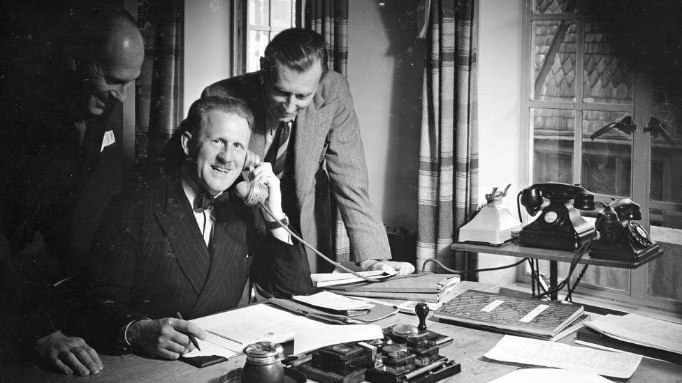 Soba spikera BBC-ja 1938. godine