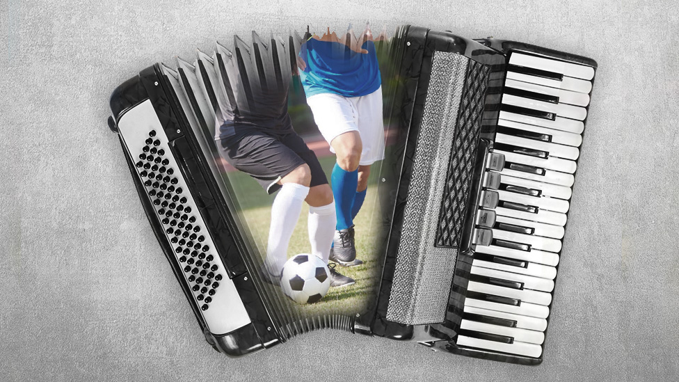 Acrodeón y fútbol