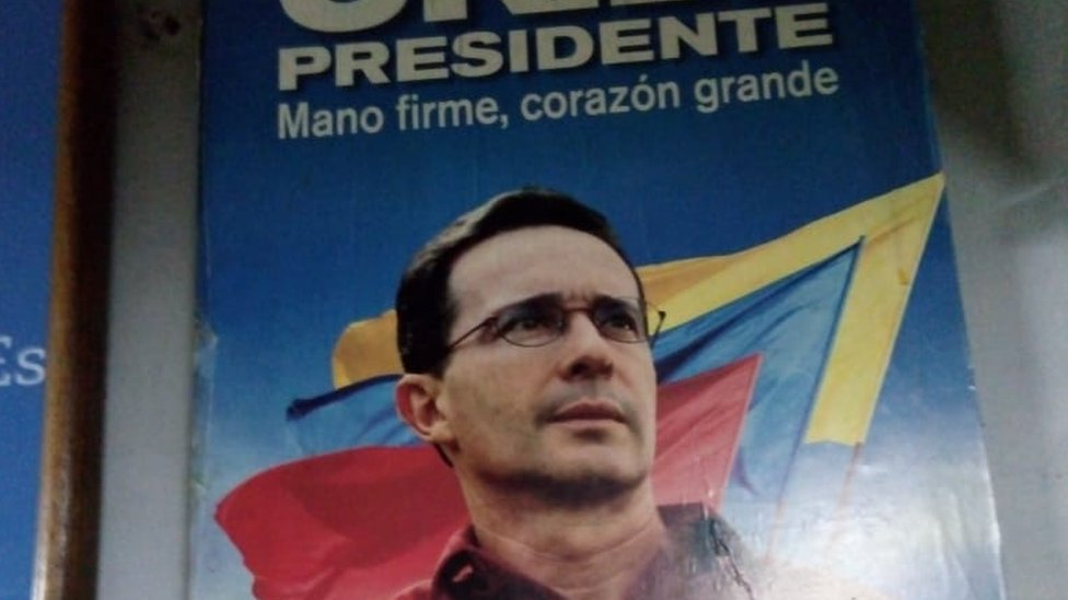 An old campaign poster of Álvaro Uribe