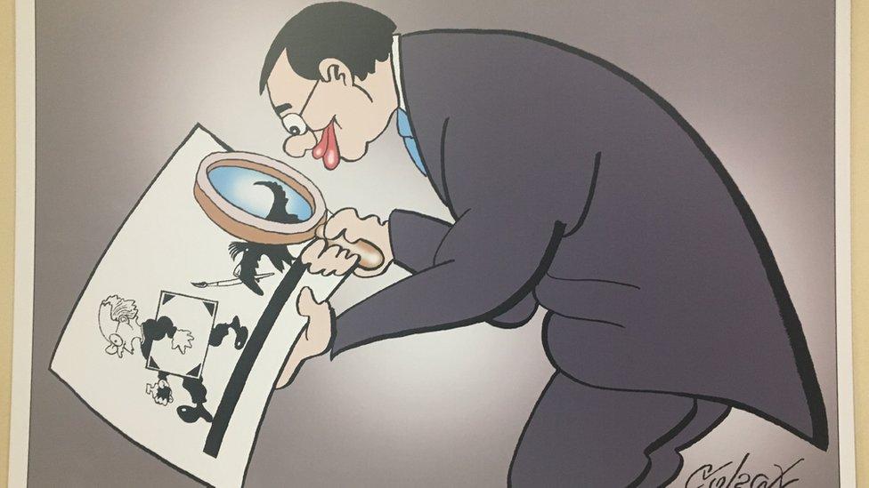 Karikatura Koraksa, Izložba u prostorijama opštine Stari Grad, Beograd, 22.11.2018.