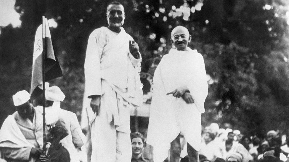 خان عبدالغفار خان، گاندھی