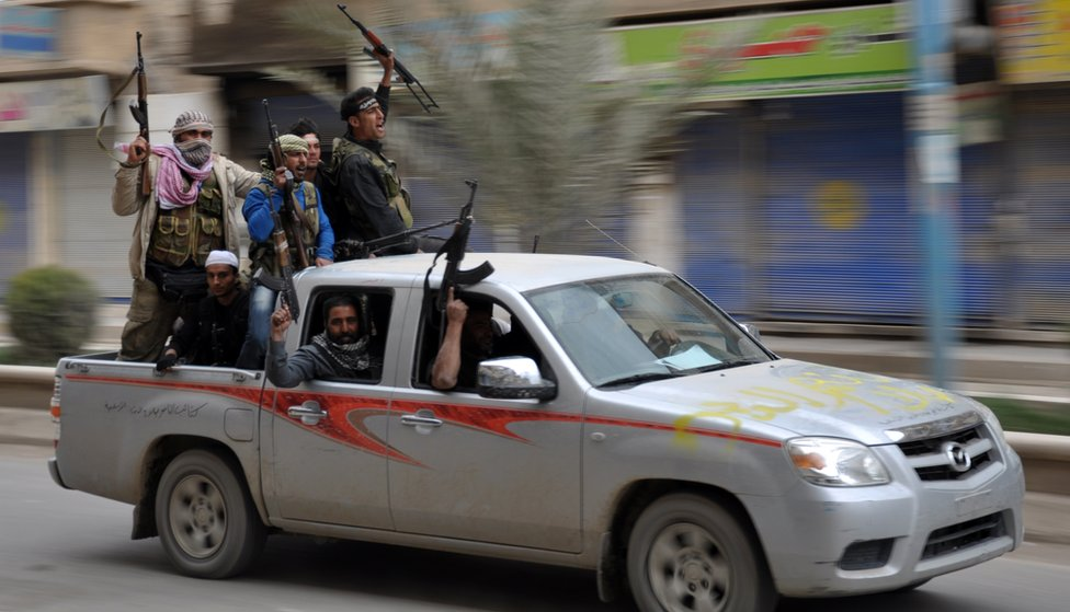 Rebeldes en Raqa