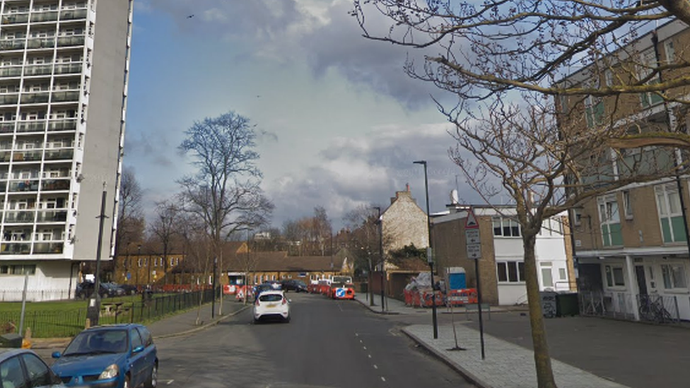 Brixton stabbing: Man stabbed to death in Minet Road
