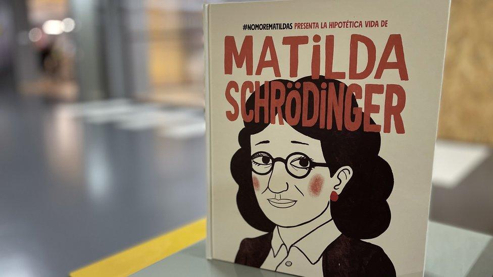 Fotografía del libro de cuento de @NoMoreMatildas