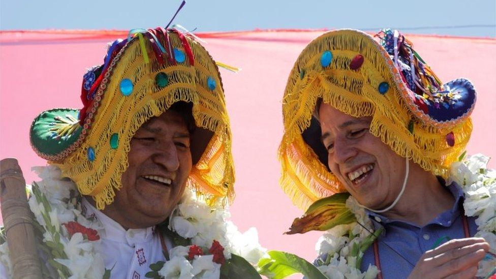 Morales (levo) se vratio s bivšim potpredsednikom Alvarom Garsiom Linerom