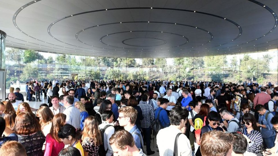 Teatro Steve Jobs, sede de Apple en Cupertino, California.
