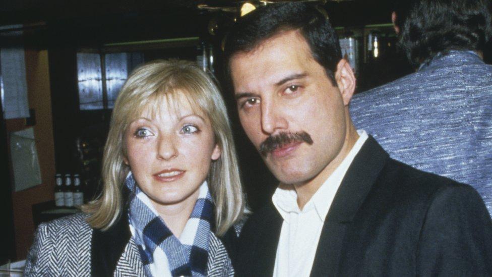 Fredi i Meri Ostin - 1985. godine