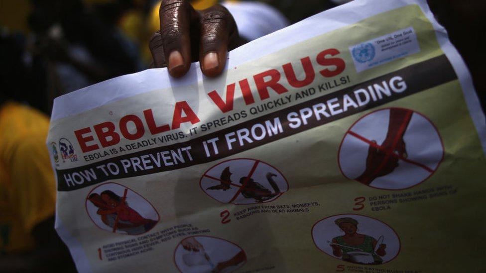 ملصق سلامة يتعلق بإيبولا