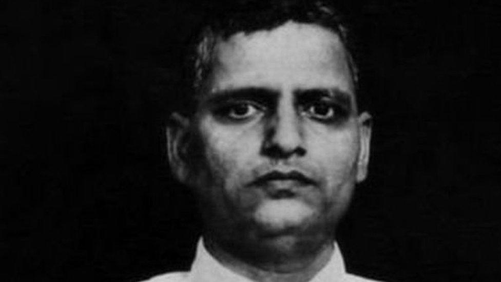 गोडसे का जन्मदिन मनाने पर हिंदू महासभा के छह कार्यकर्ता गिरफ़्तार: प्रेस रिव्यू