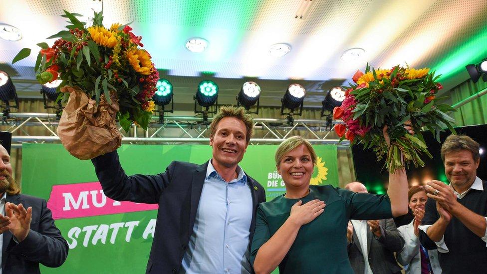 Lideri Zelenih Ludvig Hartman i Katarina Šulce slave posle saznavanja preliminarnih rezultata