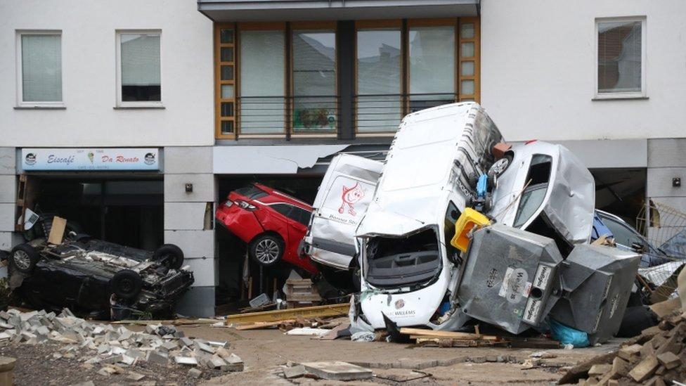 Daños tras las inundacines en Bad Neuenahr-Ahrweiler, Alemania.