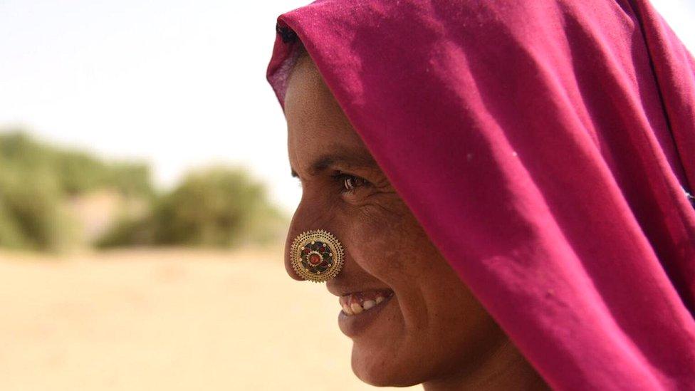 भारत पाकिस्तान सीमा: आख़िरी बूथ पर वोटिंग का आंखो देखा हाल
