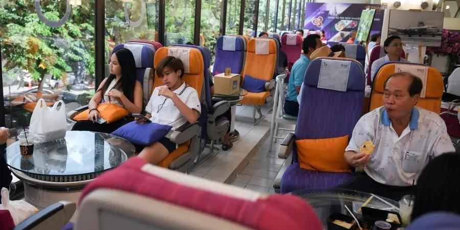 Tayland Hava Yolları'nın merkezinde açılan restoran