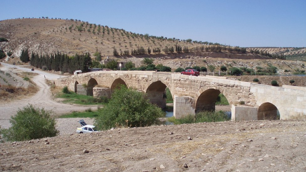 Roman bridge across the Afrin River (file photo)