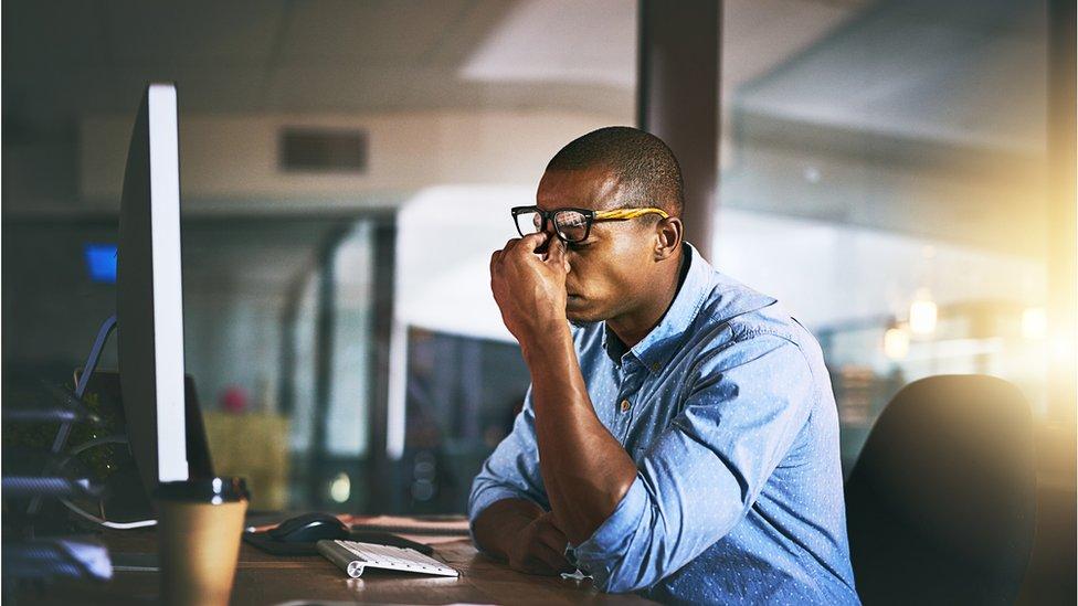 Estresado en la oficina