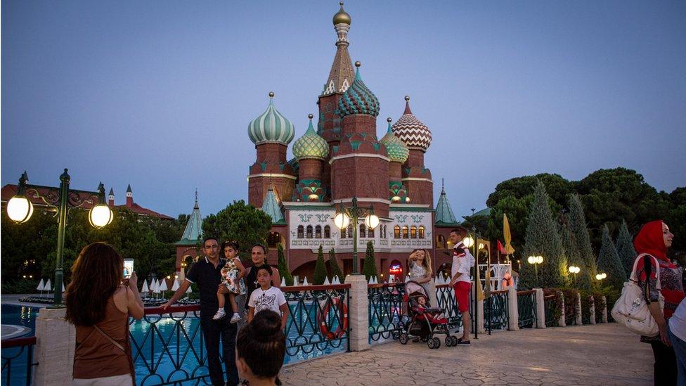 Antalya'da Rusya konseptli bir otel
