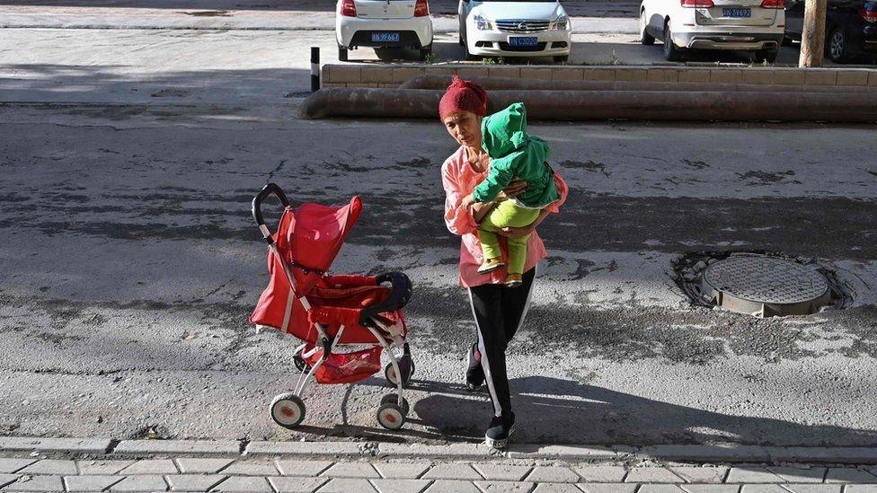 Perempuan Uighur