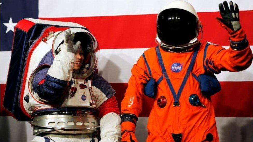वो सूट जिसे पहन होगी चांद की सैर