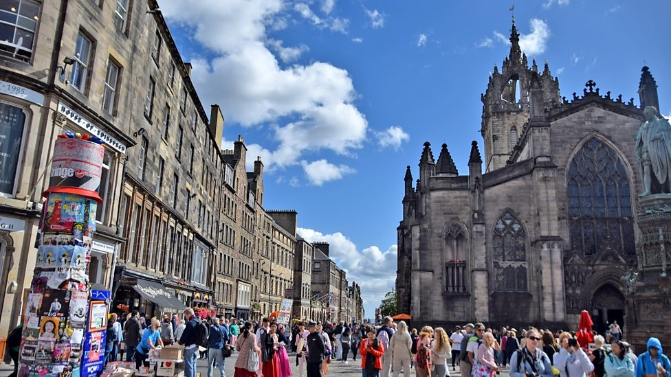 Edinburgh tourist tax could be £2 per room, per night
