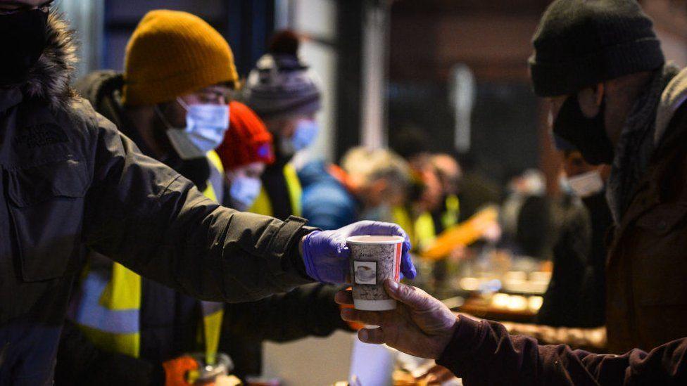 新冠疫情爆發以來貧窮人口比以前增加(Credit: Getty Images)