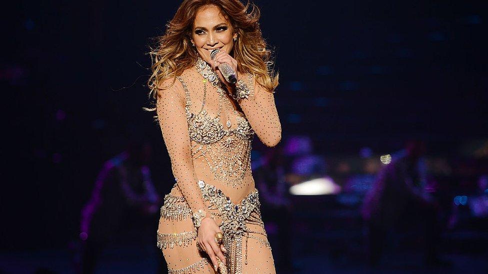 Jennifer López durante un concierto en Las Vegas.