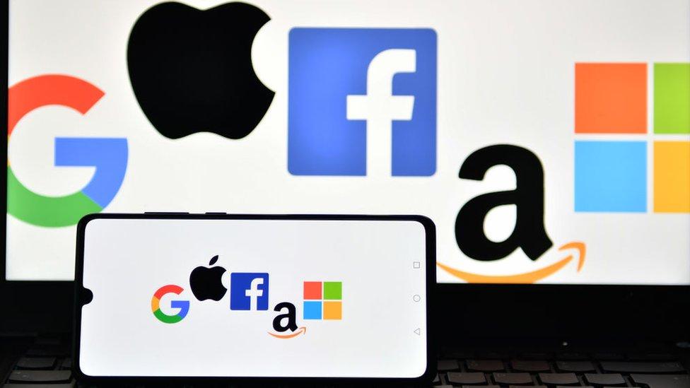 Logo de Google, Apple, Facebook, Amazon y Microsoft.