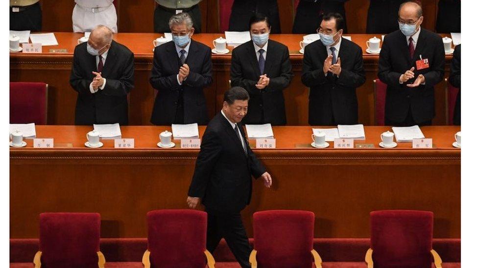 China y Hong Kong, pese a sus diferencias en su estructura política, comparten el mismo jefe de estado, el presidente Xi Jinping.