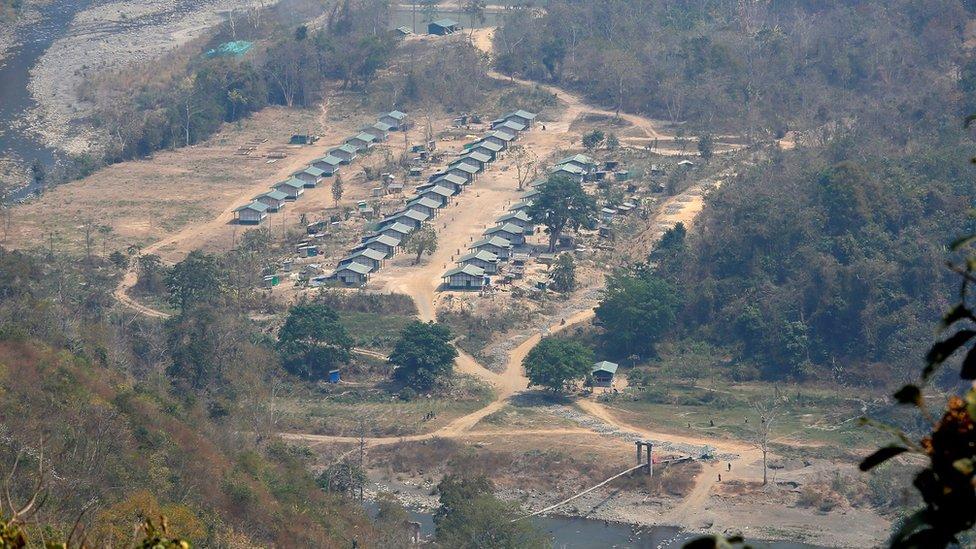 Campamento del Frente Nacional Chin.