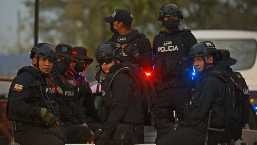 An elite group of the Ecuadorian Police Force arrive to a prison in Guayaquil, Ecuador, on September 29, 2021, after a riot occurred