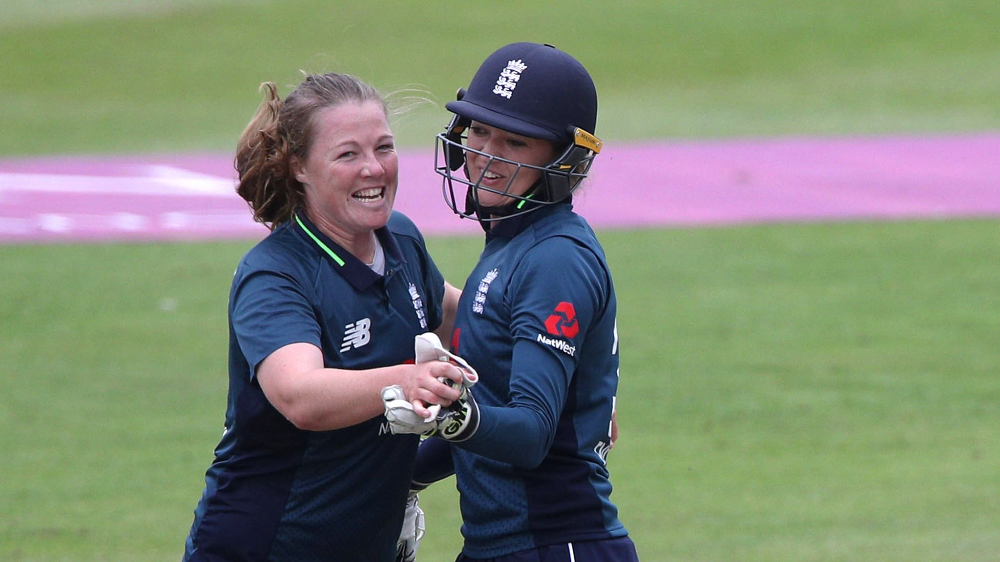 England v South Africa: Anya Shrubsole traps Lizelle Lee lbw