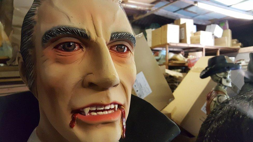 Alba Shed Dracula model