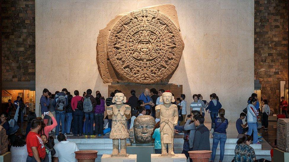 Imagen de la Piedra del Sol expuesta en el Museo de Antropología de México.