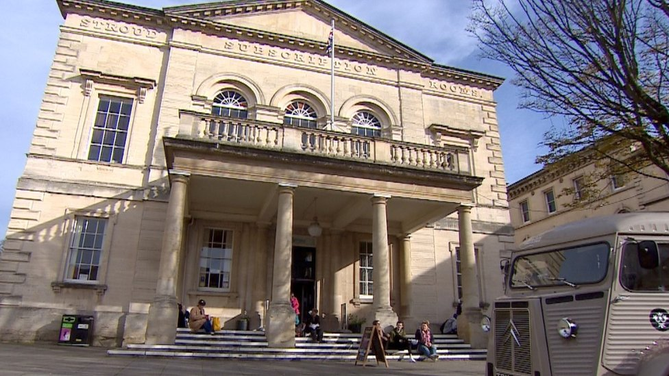Stroud's Subscription Rooms to be sold to town council for £1