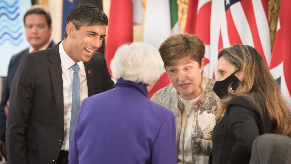 UK chancellor Rishi Sunak (left)) talking to Canadian Finance Minister Chrystia Freeland (right) at the G7 meeting in London, 4 June 2021