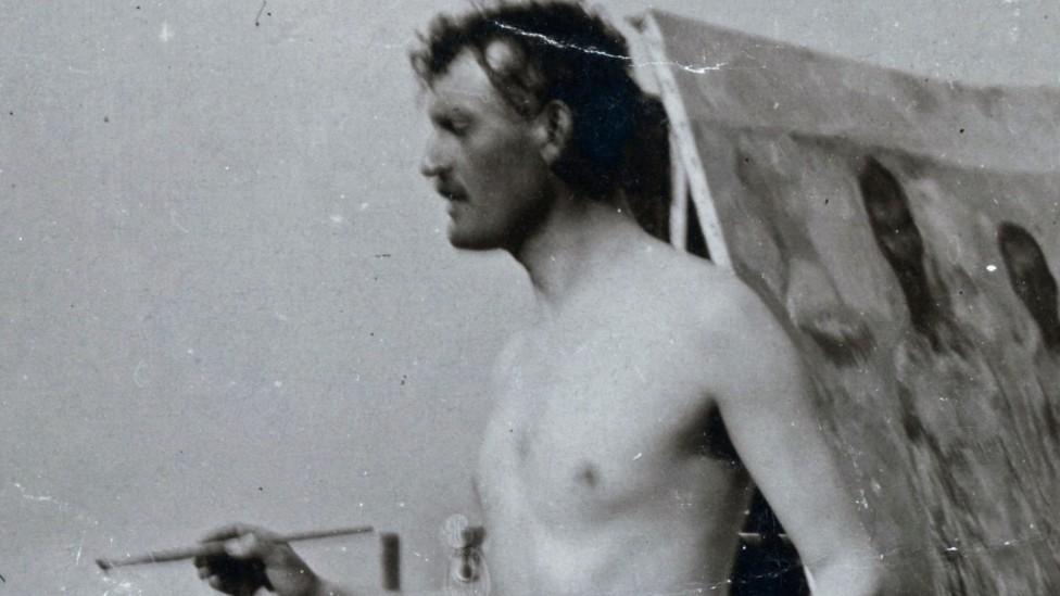 Edvard Munch, 1907'de Almanya'da kendi portresini yaparken.