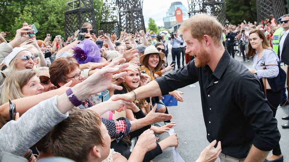 Prince Harry, Duke of Sussex meeting fans at the official walkabout on October 31, 2018 in Rotorua, New Zealand.