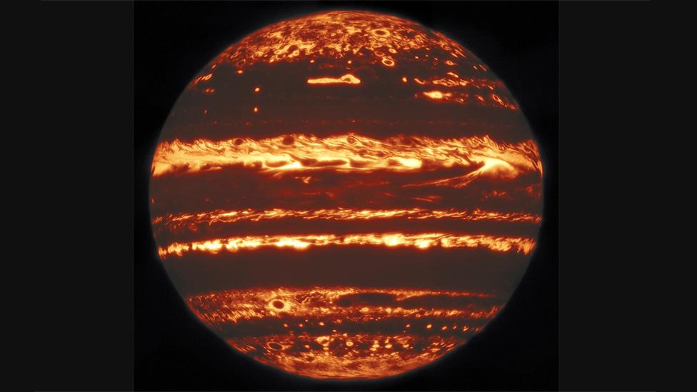Scientists Obtain Lucky Image Of Jupiter Bbc News