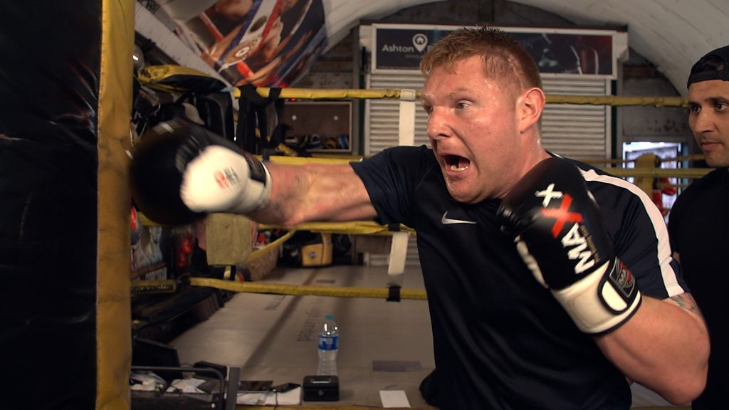 The former soldier who's now a blind boxer