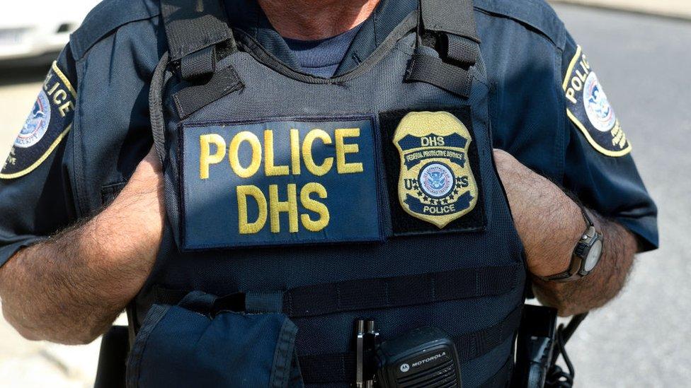 Agente del Departamento de Seguridad Nacional