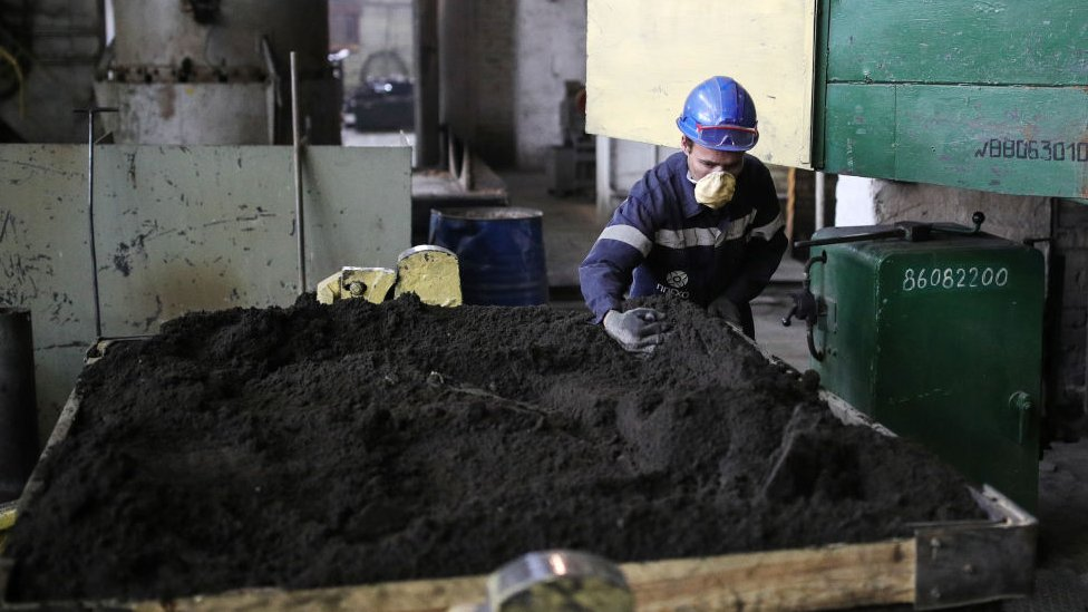 Fábrica minera en Rusia.