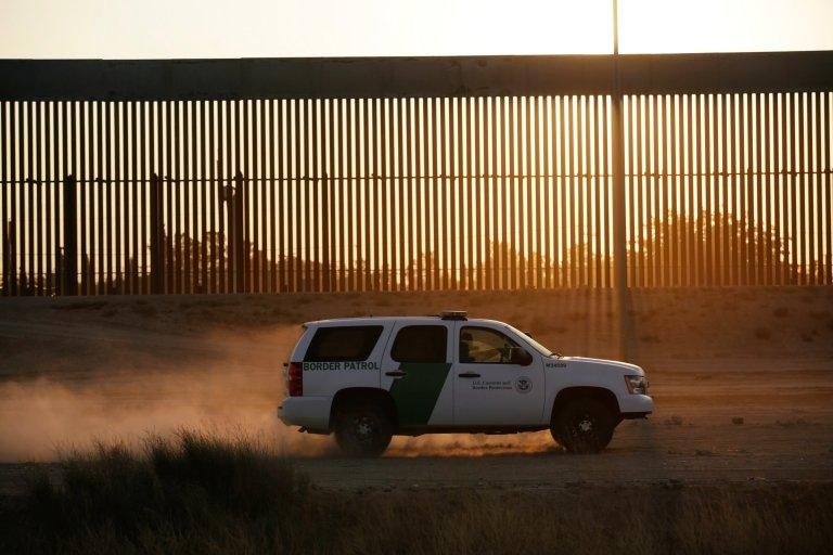 El muro fronterizo de EE.UU.