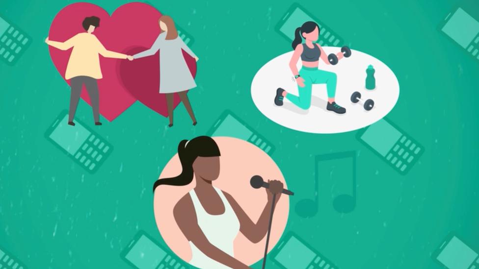 Ilustración de un encuentro de amigas, de una mujere haciendo ejercicio y de una mujer cantando.