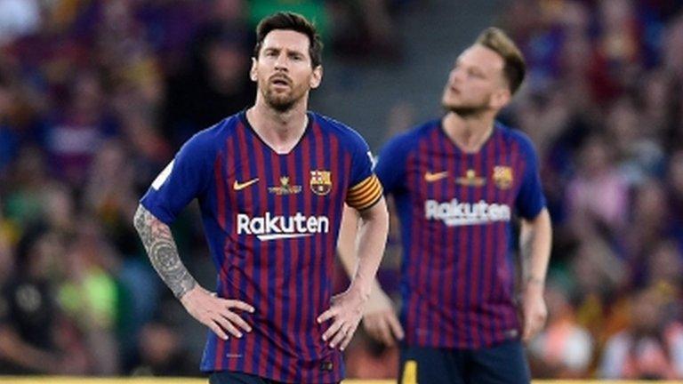 Valencia win Copa del Rey to end Barcelona's double dream