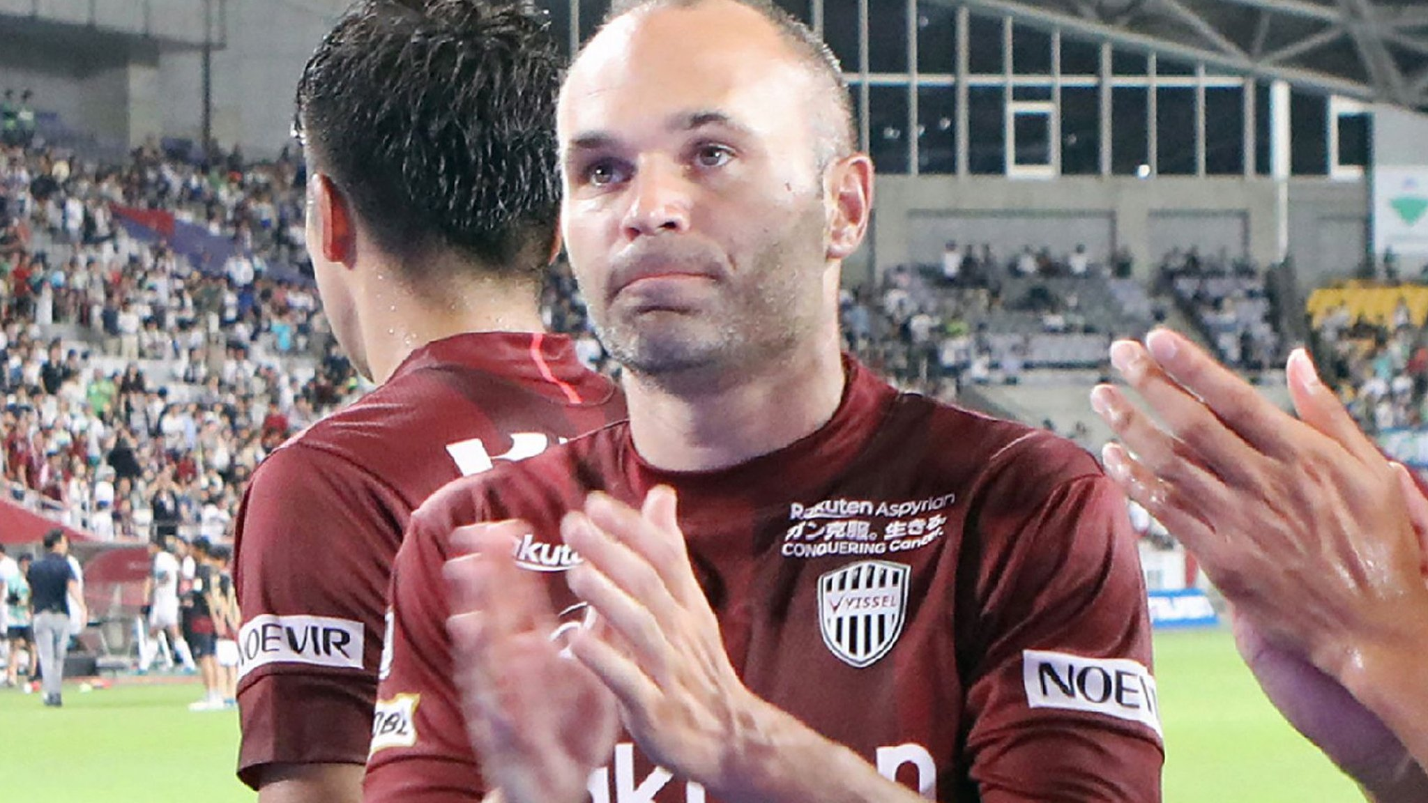 Andres Iniesta and Fernando Torres lose on J-League debuts