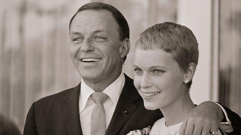 Frank Sinatra y Mia Farrow