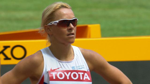 Jenny Meadows in the 800m heats
