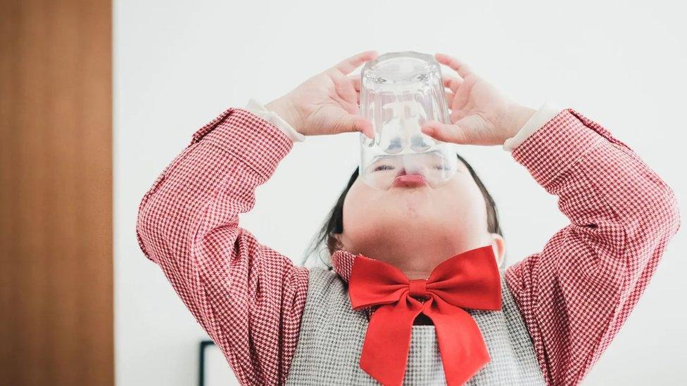 許多中國人認為牛奶是兒童和老年人的健康食物。