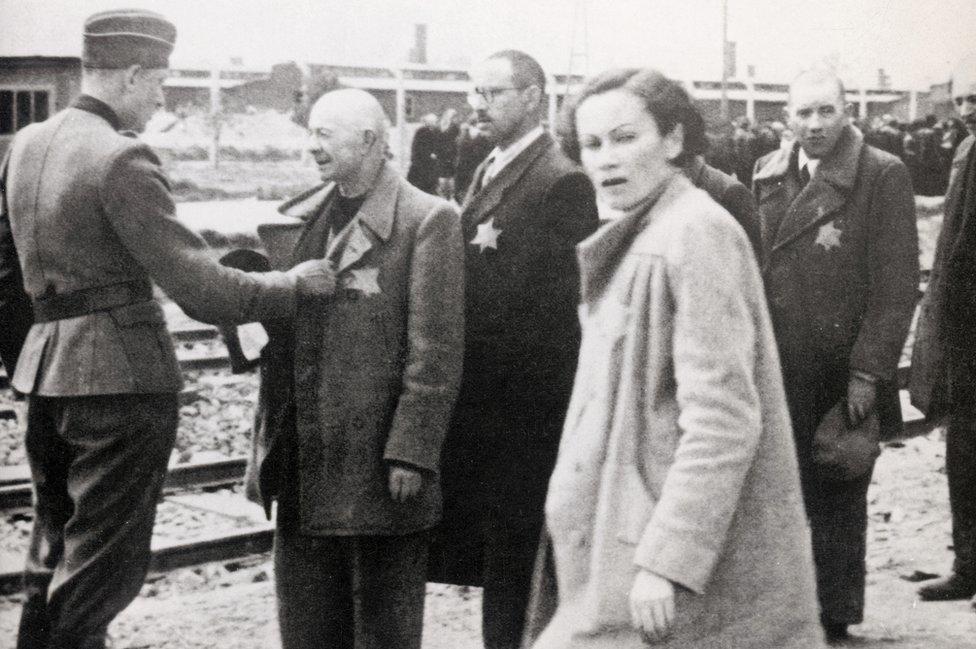 Nemačka inspekcija Jevreja koji stižu u Aušvic, 1944