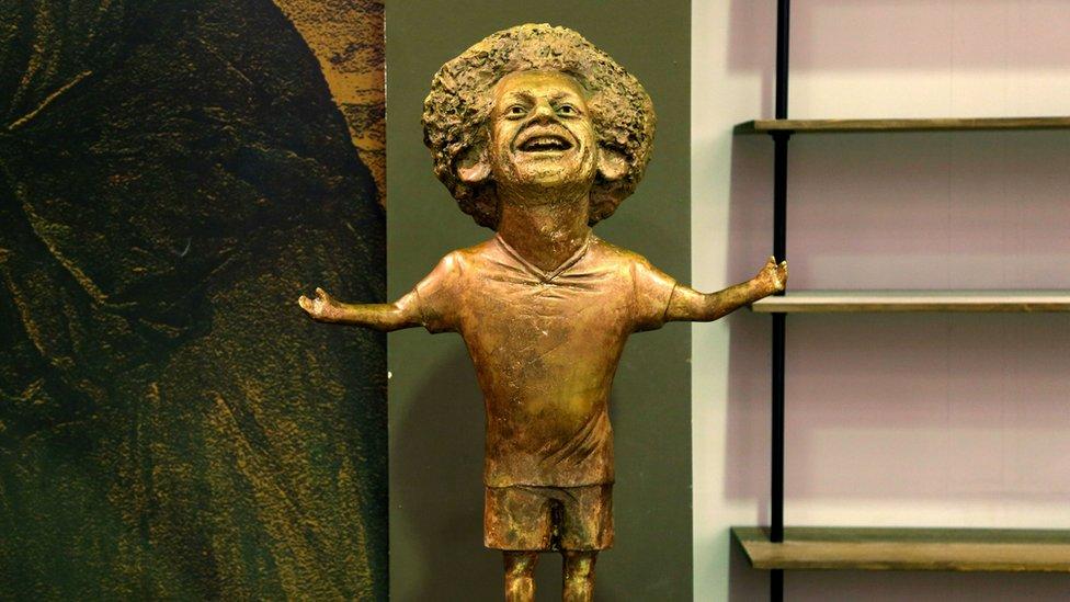 Statue of Mohamed Salah.