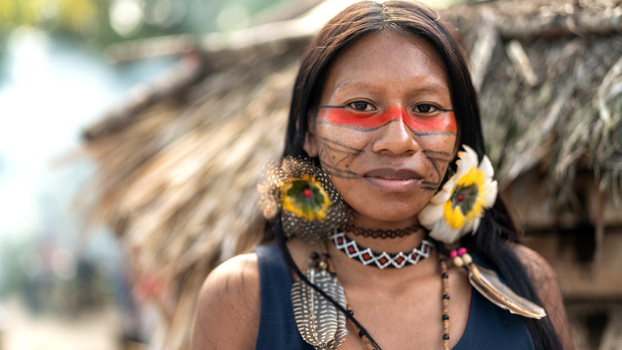 Mujer guaraní de Brasil